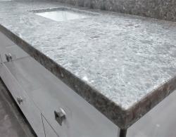 Silestone Ocean Jasper 3/4' sq edge; High-gloss cabinet